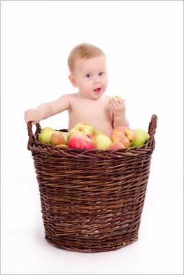 Baby-æblekurv-spiser-center1